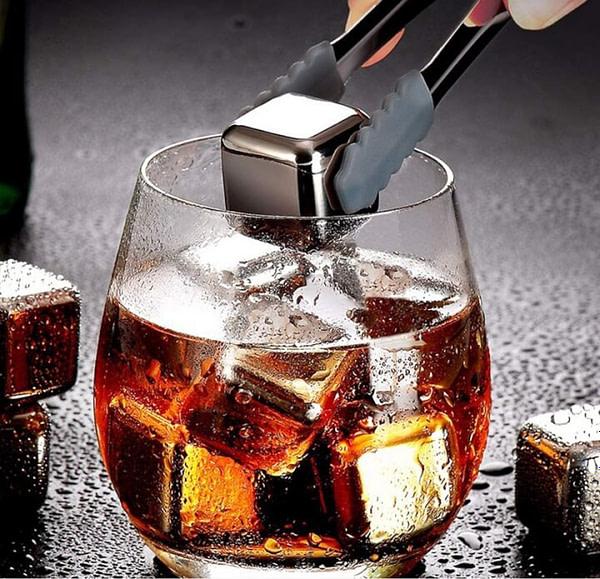 Food grade reusable ice cubes