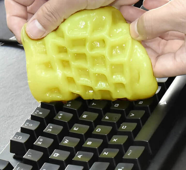 Keyboard Cleaning Putty e1589450678992