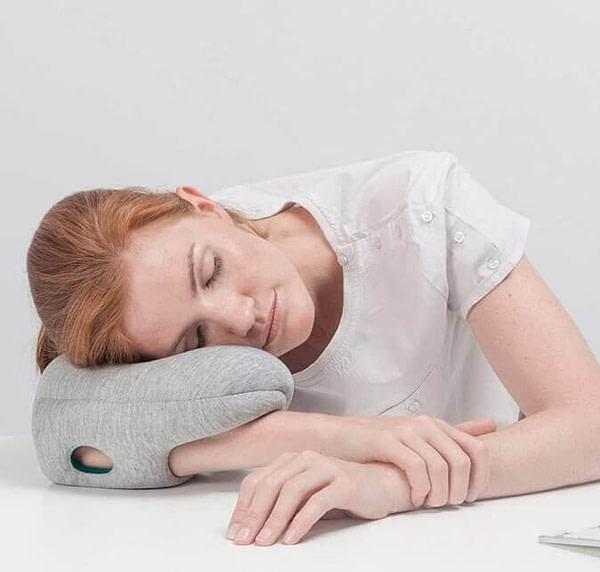 Ostrich Pillow e1598001659445
