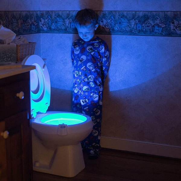 Toilet Bowl Night Light That Turn On When You Enter