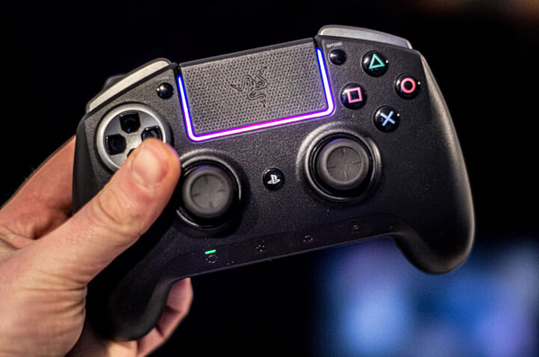 Highly Customizable PS4/PC/Smartphone Controller