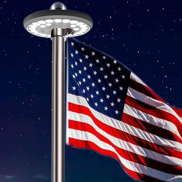Solar-Powered & Automatic Flag Pole Light